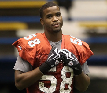 FLAGSTAFF, AZ - AUGUST 02:  Linebacker Daryl Washington #58 of the Arizona Cardinals practices in the team training camp at Northern Arizona University Walkup Skydome on August 2, 2010 in Flagstaff, Arizona.  (Photo by Christian Petersen/Getty Images)