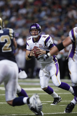 ST. LOUIS, MO - AUGUST 14: Sage Rosenfels #2 of the Minnesota Vikings looks to pass against the St. Louis Rams during the preseason game at Edward Jones Dome on August 14, 2010 in St. Louis, Missouri. The Vikings defeated the Rams 28-7. (Photo by Joe Robb