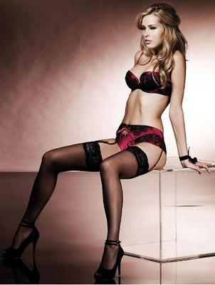 Petra-nemcova-in-lingerie_display_image