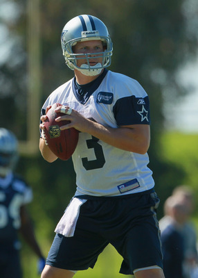 OXNARD, CA - AUGUST 14:  Quarterback Jon Kitna #3 drops back to pass during Dallas Cowboys Training Camp at the Marriott Residence Inn Oxnard River Ridge on August 14, 2010 in Oxnard, California.  (Photo by Jeff Gross/Getty Images)