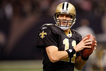 NEW ORLEANS - NOVEMBER 08:  Quarterback Mark Brunell #11 of the New Orleans Saints at Louisiana Superdome on November 8, 2009 in New Orleans, Louisiana.  (Photo by Ronald Martinez/Getty Images)