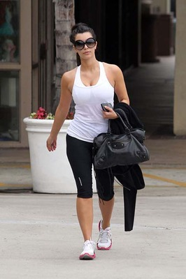 Kardashian Workout Clothes on Even Hot In Workout Clothes