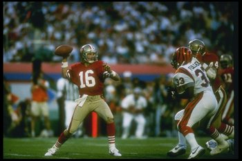 22 Jan 1989:  Quarterback Joe Montana of the San Francisco 49ers throws the ball during Super Bowl XXIII against the Cincinnati Bengals at Joe Robbie Stadium in Miami, Florida.  The 49ers won the game, 20-16. Mandatory Credit: Rick Stewart  /Allsport