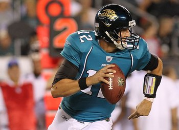 PHILADELPHIA - AUGUST 13:  Luke McCown #12 of the Jacksonville Jaguars passes against the Philadelphia Eagles during their preseason game at Lincoln Financial Field on August 13, 2010 in Philadelphia, Pennsylvania.  (Photo by Nick Laham/Getty Images)