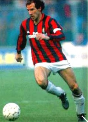 Francobaresi_001_display_image