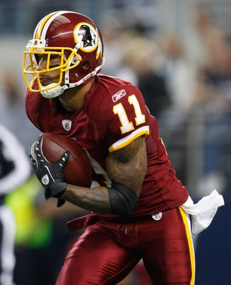 ARLINGTON, TX - NOVEMBER 22:  Wide receiver Devin Thomas #11 of the Washington Redskins at Cowboys Stadium on November 22, 2009 in Arlington, Texas.  (Photo by Ronald Martinez/Getty Images)