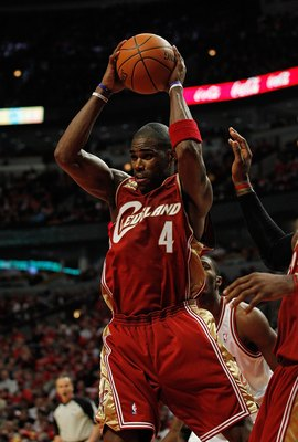 CHICAGO - APRIL 25: Antawn Jamison #4 of the Cleveland Cavaliers grabs a rebound against the Chicago Bulls in Game Four of the Eastern Conference Quarterfinals during the 2010 NBA Playoffs at the United Center on April 25, 2010 in Chicago, Illinois. The C
