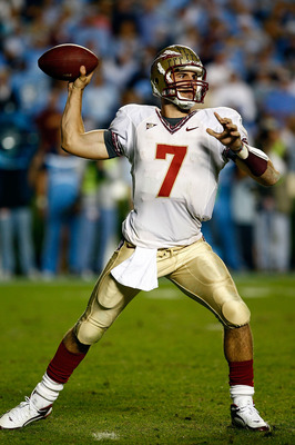 CHAPEL HILL, NC - OCTOBER 22:  Christian Ponder #7 of the Florida State Seminoles throws a pass against the North Carolina Tar Heels at Kenan Stadium on October 22, 2009 in Chapel Hill, North Carolina.  (Photo by Scott Halleran/Getty Images)