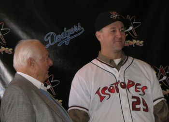 Tim Wallach (right) pictured with Tommy Lasorda