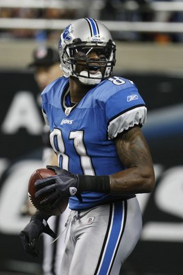 DETROIT - JANUARY 3:  Calvin Johnson #81 of the Detroit Lions looks on during the game against the Chicago Bears on January 3, 2010 at Ford Field in Detroit, Michigan. (Photo by Gregory Shamus/Getty Images)