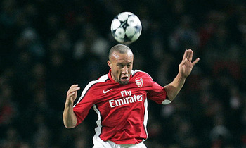 Mikael-silvestre-001_display_image