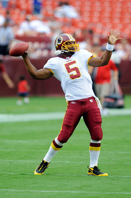 LANDOVER, MD - AUGUST 13:  Donovan McNabb #5 of the Washington Redskins warms up before the preseason game against the Buffalo Bills at FedEx Field on August 13, 2010 in Landover, Maryland.  (Photo by Greg Fiume/Getty Images)