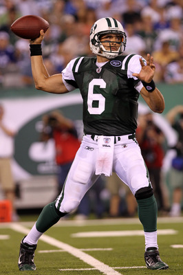 EAST RUTHERFORD, NJ - AUGUST 16:  Quarterback Mark Sanchez #6 of the New York Jets passes against the New York Giants during their game at New Meadowlands Stadium on August 16, 2010 in East Rutherford, New Jersey.  (Photo by Nick Laham/Getty Images)