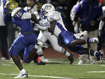 The status of five-star athlete DeAnthony Thomas' commitment to USC is suddenly in doubt.