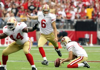 GLENDALE, AZ - SEPTEMBER 13:  Kicker Joe Nedney #6 of the San Francisco 49ers kicks a 37 yard field goal against the Arizona Cardinals during the NFL game at the Universtity of Phoenix Stadium on September 13, 2009 in Glendale, Arizona. The 49ers defeated