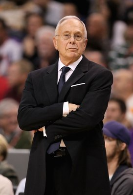 PHOENIX - JANUARY 26:  Head coach Larry Brown of the Charlotte Bobcats during the NBA game against the Phoenix Suns at US Airways Center on January 26, 2010 in Phoenix, Arizona.  The Bobcats defeated the Suns in overtime 114-109.  NOTE TO USER: User expre