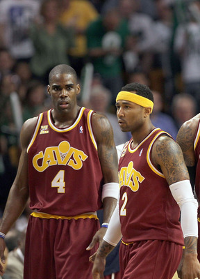 BOSTON - MAY 07:  Antawn Jamison #4, Mo Williams #2, LeBron James #23 and Shaquille O'Neal #33 of the Cleveland Cavaliers walk to the bench during a game against  the Boston Celtics during Game Three of the Eastern Conference Semifinals during the 2010 NB