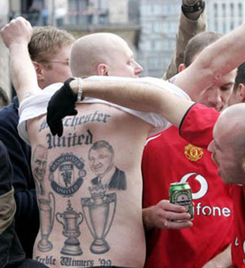 Fans-of-manchester-united-sporting-a-tattoo_6874_display_image