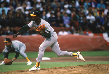 SAN FRANCISCO - OCTOBER 27:  Dave Stewart #34 of the Oakland Athletics pitches during Game three of the 1989 World Series against the San Francisco Giants on October 27, 1989 at Candlestick Park in San Francisco, California. The A's defeated the Giants 13
