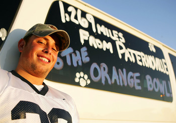 MIAMI - JANUARY 03:  Penn State Nittany Lions fan Aaron Jones tailgates prior to the start of the FedEx Orange Bowl between the Penn State Nittany Lions and the Florida State Seminoles on January 3, 2005 at Dolphins Stadium in Miami, Florida.  (Photo by S