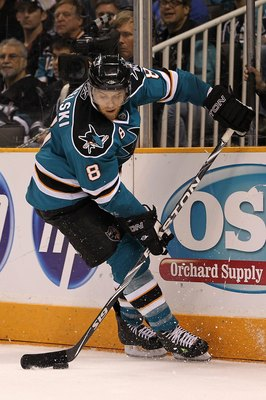 SAN JOSE, CA - MAY 16:  Joe Pavelski #8 of the San Jose Sharks moves the puck while taking on the Chicago Blackhawks in Game One of the Western Conference Finals during the 2010 NHL Stanley Cup Playoffs at HP Pavilion on May 16, 2010 in San Jose, Californ