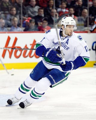 MONTREAL- FEBRUARY 2:  Ryan Kesler #17 of the Vancouver Canucks skates during the NHL game against the Montreal Canadiens on February 2, 2010 at the Bell Centre in Montreal, Quebec, Canada.  The Canadiens defeated the Canucks 3-2.  (Photo by Richard Wolow