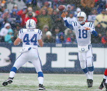 ORCHARD PARK, NY - JANUARY 03:  Peyton Manning #18 of the Indianapolis Colts throws a pass to teammaet Dallas Clark #44 against the Buffalo Bills at Ralph Wilson Stadium on January 3, 2010 in Orchard Park, New York.  (Photo by Rick Stewart/Getty Images)