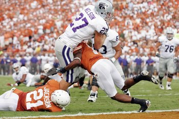 AUSTIN, TX - SEPTEMBER 29: Jordy Nelson #27 of the Kansas State Wildcats leaps for the endzone during the game against the Texas Longhorns on September 29, 2007 at Darrell K Royal-Texas Memorial Stadium in Austin, Texas.  Kansas State won 41-21.  (Photo b