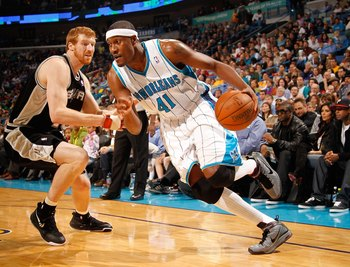 NEW ORLEANS - JANUARY 18:  James Posey #41 of the New Orleans Hornets drives the ball against the San Antoino Spurs at New Orleans Arena on January 18, 2010 in New Orleans, Louisiana.   NOTE TO USER: User expressly acknowledges and agrees that, by downloa