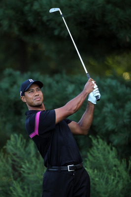 PARAMUS, NJ - AUGUST 26:  Tiger Woods watches his tee shot on the second hole during the first round of The Barclays at the Ridgewood Country Club on August 26, 2010 in Paramus, New Jersey.  (Photo by Hunter Martin/Getty Images)