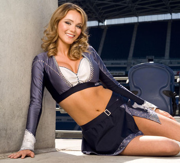 Stephanie-seahawks_display_image