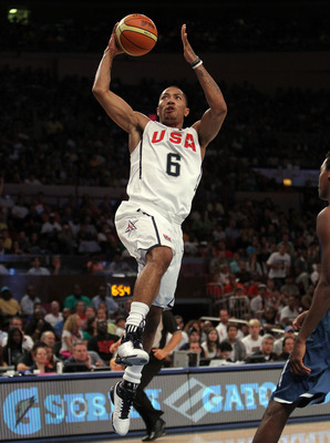 NEW YORK - AUGUST 15:  Derrick Rose #6 of the United States lays the ball up against France during their exhibition game as part of the World Basketball Festival at Madison Square Garden on August 15, 2010 in New York City.  (Photo by Nick Laham/Getty Ima