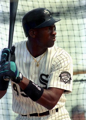 Michael-jordan-white-sox2_display_image