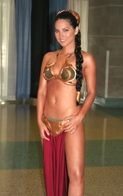 Olivia-munn-leia_display_image