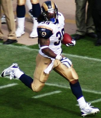 513px-steven-jackson-vs49ers-nov-18-2007_display_image