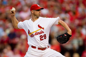 ST. LOUIS - AUGUST 21: Starter Chris Carpenter #29 of the St. Louis Cardinals pitches against the San Francisco Giants at Busch Stadium on August 21, 2010 in St. Louis, Missouri.  (Photo by Dilip Vishwanat/Getty Images)