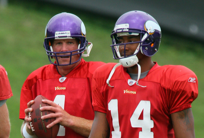 EDEN PRAIRIE, MN - AUGUST 18: Quarterbacks Sage Rosenfels #2, Brett Favre #4 and Joe Webb #14 of the Minnesota Vikings participate in Favre's first morning practice since returning to Vikings Winter Park on August 18, 2010 in Eden Prairie, Minnesota. Favr