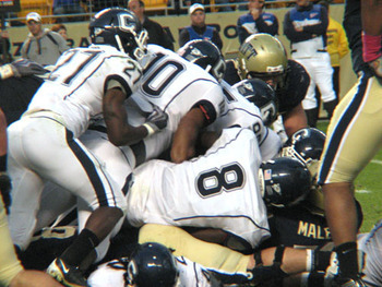 Uconnlinebackers_display_image
