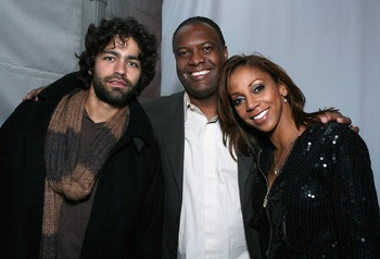 PHOENIX - JANUARY 31:  Actor Adrian Grenier, former NFL athlete Rodney Peete and Holly Robinson Peete pose together during the 'Best Damn Super Bowl Party Period' at the Rockridge Estate on January 31, 2008 in Phoenix, Arizona.  (Photo by Alexandra Wyman/