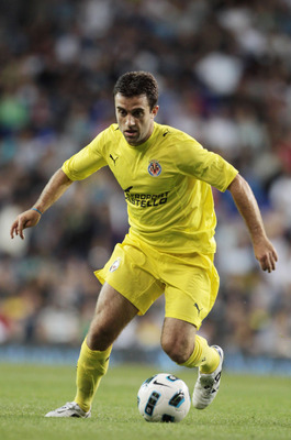 LONDON, ENGLAND - JULY 29: Giuseppe Rossi of  Villarreal during a Pre-Season Friendly between Tottenham Hotspur and  Villarreal at White Hart Lane on July 29, 2010 in London, England.  (Photo by Phil Cole/Getty Images)