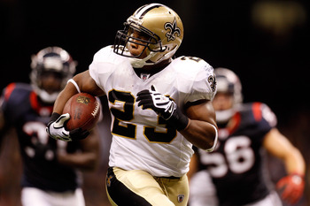 NEW ORLEANS - AUGUST 21:  Pierre Thomas #23 of the New Orleans Saints scores a touchdown against the Houston Texans at the Louisiana Superdome on August 21, 2010 in New Orleans, Louisiana.  (Photo by Chris Graythen/Getty Images)