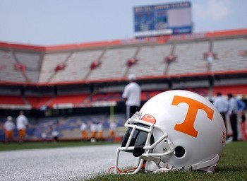 Tennessee_helmet_display_image