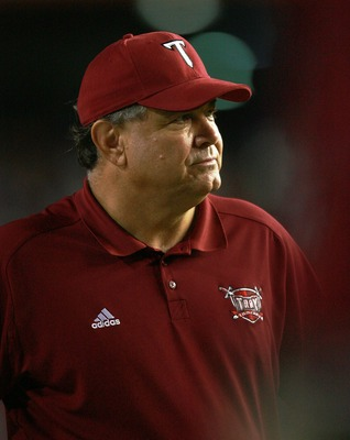 GAINESVILLE, FL - SEPTEMBER 08:  Head coach Larry Blakeney of the Troy Trojans watches his team take on the Florida Gators at Ben Hill Griffin Stadium on September 8, 2007 in Gainesville, Florida.  (Photo by Doug Benc/Getty Images)