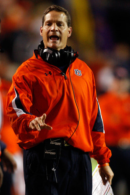 BATON ROUGE, LA - OCTOBER 24:  Head coach Gene Chizik of the Auburn Tigers calls to a referee during the game against the Louisiana State University Tigers at Tiger Stadium on October 24, 2009 in Baton Rouge, Louisiana.  (Photo by Chris Graythen/Getty Ima