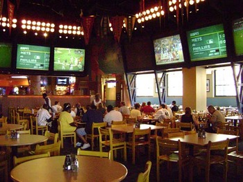 Sports-bar-interior-web_display_image