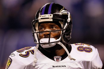 INDIANAPOLIS - JANUARY 16:  Derrick Mason #85 of the Baltimore Ravens looks on against the Indianapolis Colts in the AFC Divisional Playoff Game at Lucas Oli Stadium on January 16, 2010 in Indianapolis, Indiana.  The Colts defeated the Ravens 20-3.  (Phot