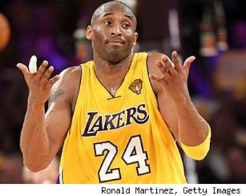 Kobe-bryant-shrugs-061510-307_display_image