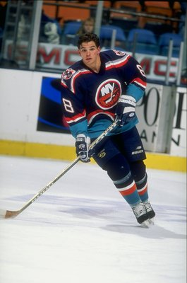 20 Nov 1997:  Steve Webb #88 of the New York Islanders in action during a game against the New Jersey Devils at the Continental Airlines Arena in East Rutherford, New Jersey.  The Devils defeated the Islanders 5-1. Mandatory Credit: Al Bello  /Allsport