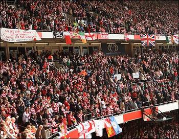 Fans_during_match__wideshot_470_470x365_display_image