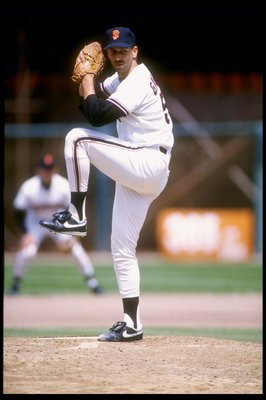 1990:  Pitcher Scott Garrelts of the San Francisco Giants winds up for the pitch. Mandatory Credit: Otto Greule  /Allsport